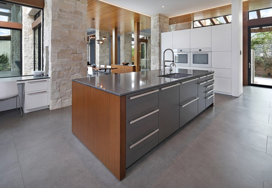 San Diego-based Studio Europa LEICHT takes 1st Place in the 2018 LEICHT Global Kitchen Design Competition for the best kitchen design in the US. & STUDIO EUROPA LEICHT 1st Place Winner Global Kitchen Design Com ...